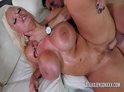 Xxx casada com peitões lindos traindo marido